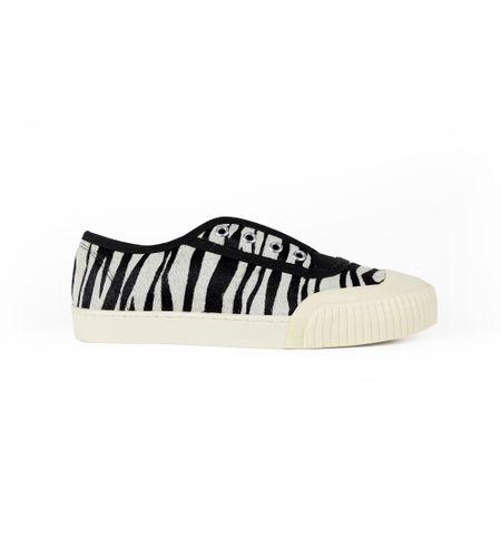 CR9800821_Zebra_R-198--1-
